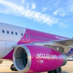 Wizz Air modifică din nou politica bagajelor!